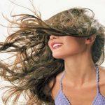 Como acabar com o cabelo frisado e estático